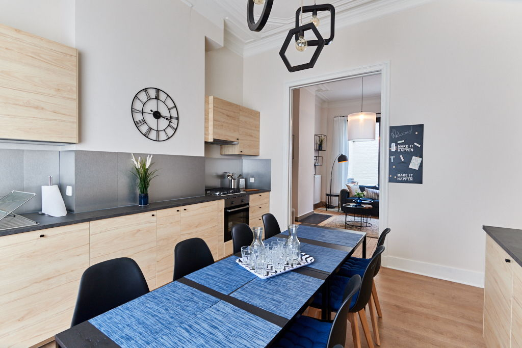fully-equipped kitchen including all the amenities in a high-end house for expats in Brussels
