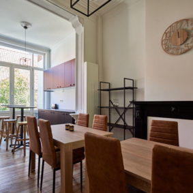 dining room in a fully refurbished shared house for expats close tot he city center of Brussels