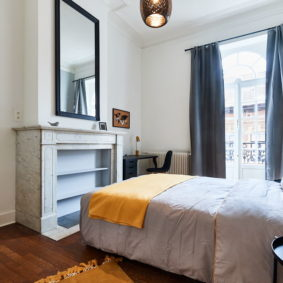 sunny room in a fully refurbished house of 2020 for expats in Brussels