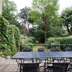 lovely terrace in a shared house for expats well-situated in Ixelles
