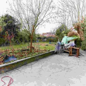 lovely terrace including a BBQ in a cohousing for internationals