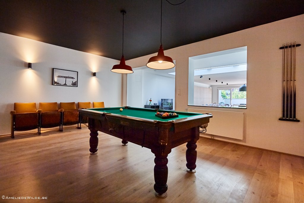 beautiful billiard table with chairs in a shared house for expats in Brussels close to the European Commission