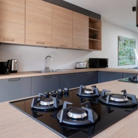 high-end kitchen in a fully refurbished house for expats close to the city center of Brussels
