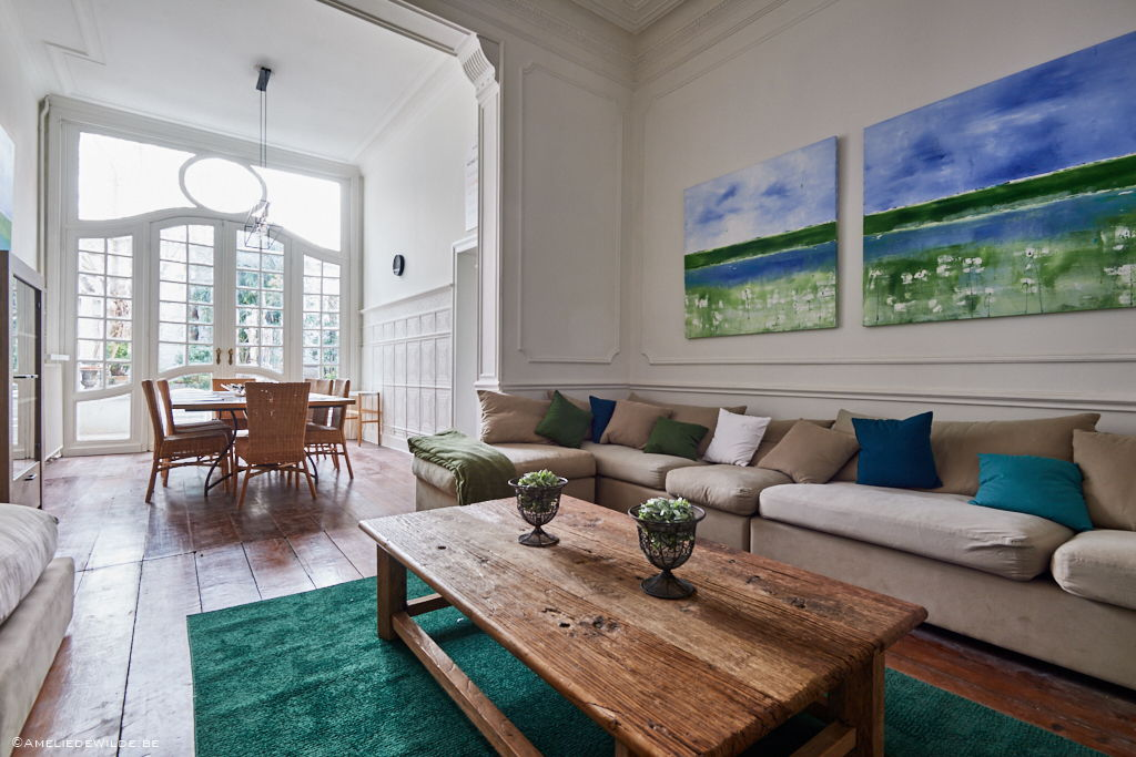 living room designed with taste in a shared house for young internationals in Brussels