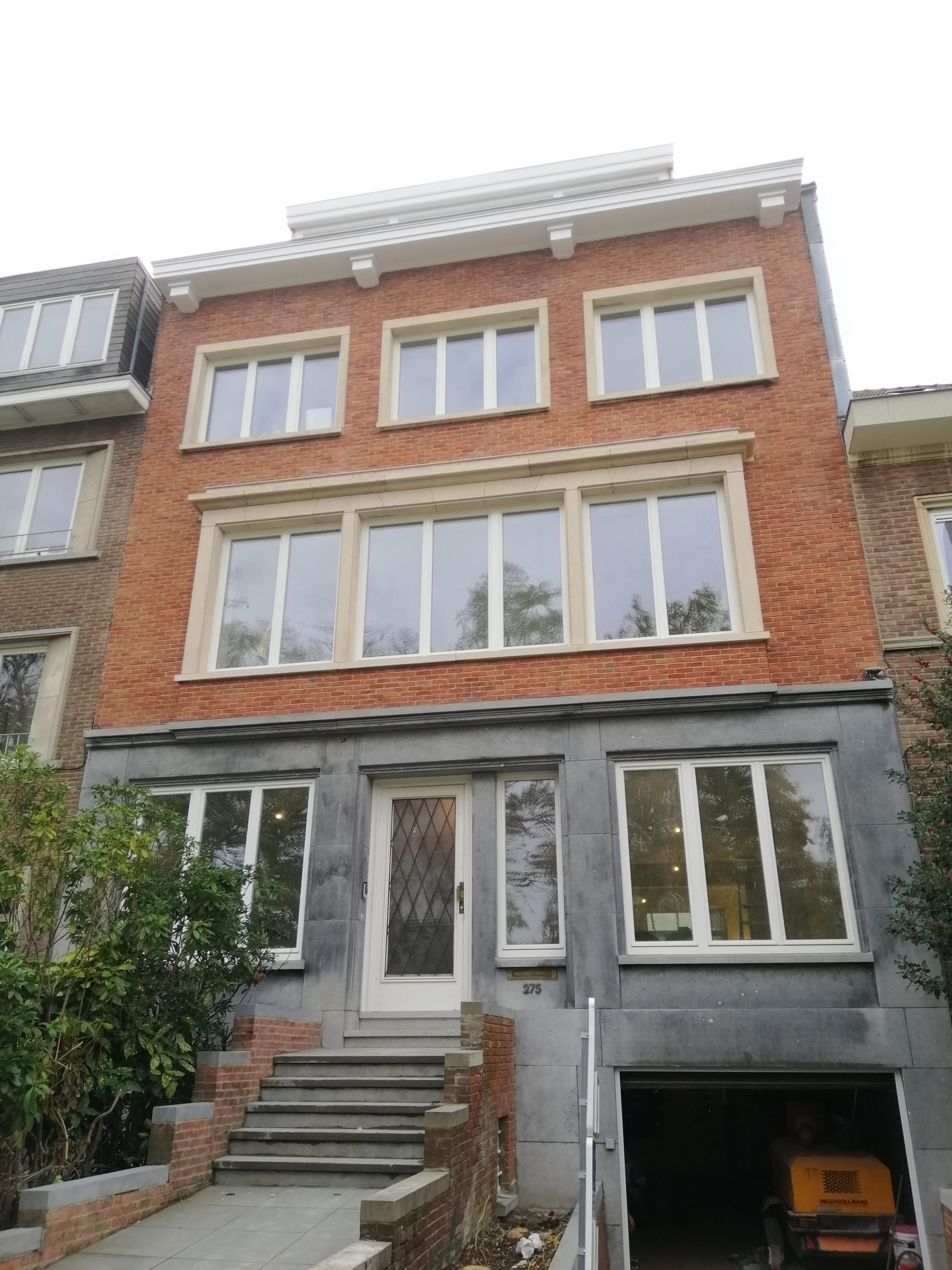 new shared house opening in Brussels for a vived community of expats and young workers