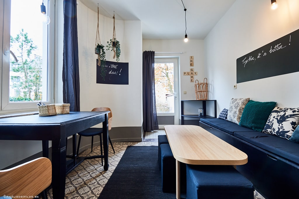 lovely chill room in a coliving with an international community well-located in the heart of Ixelles