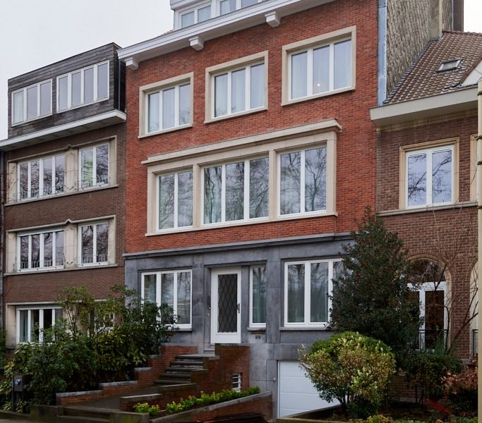 Fully renovated shared house in Schaerbeek with a 14 rooms community where you can rent a room in Brussels