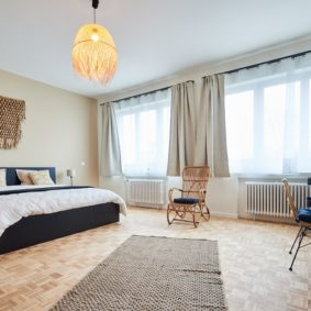 Fully furnished room for couple in a big shared house in Brussels