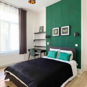 Room to rent in trendy neighborhood in Brussels with private shower room and sink
